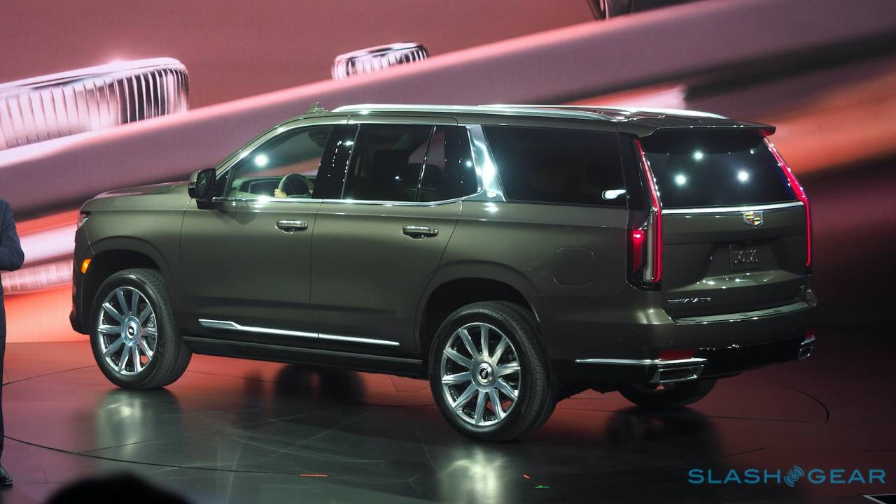 2021 Cadillac Escalade Fuel Economy Ratings Reveal A Big Thirsty