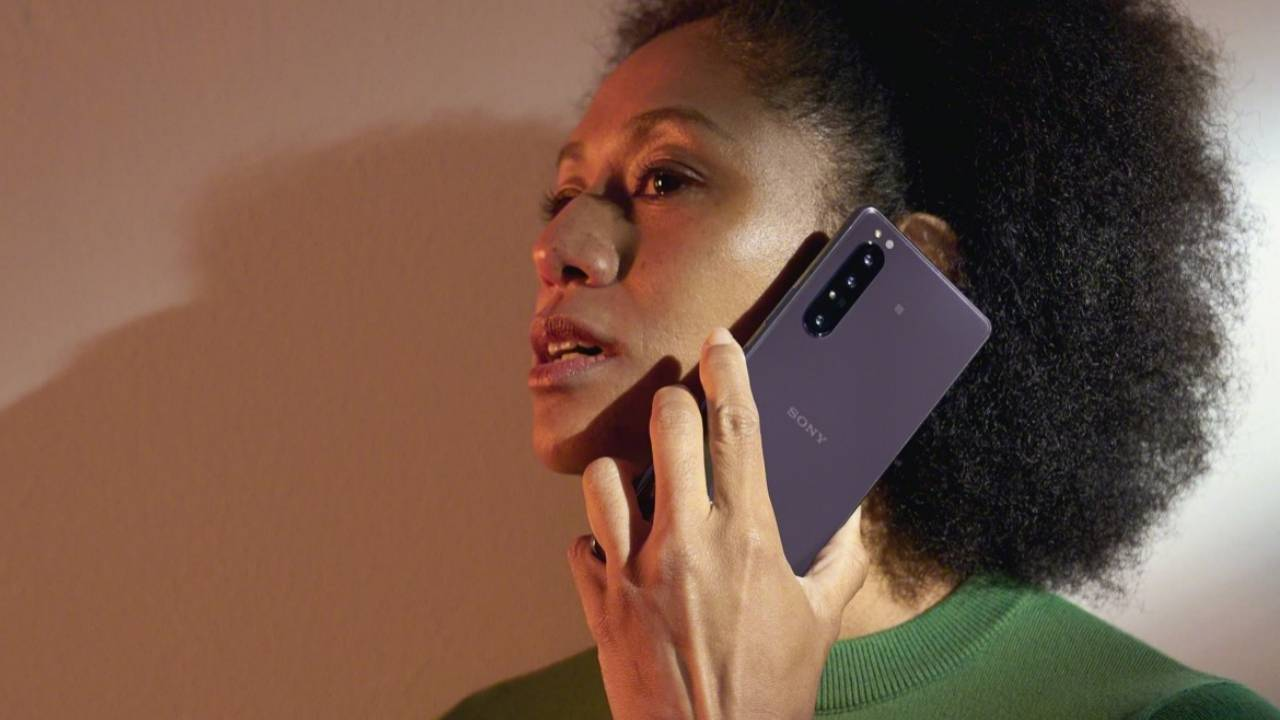 Xperia 1 II US pre-order begins with two big questions