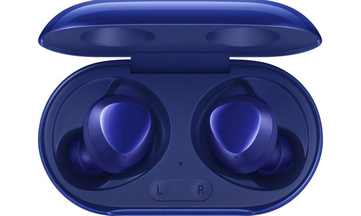 These Aura Blue Galaxy Buds+ were worth waiting for