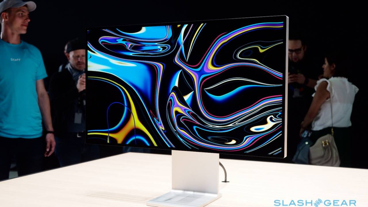 The 13-inch MacBook Pro exposes the hole in Apple's display range
