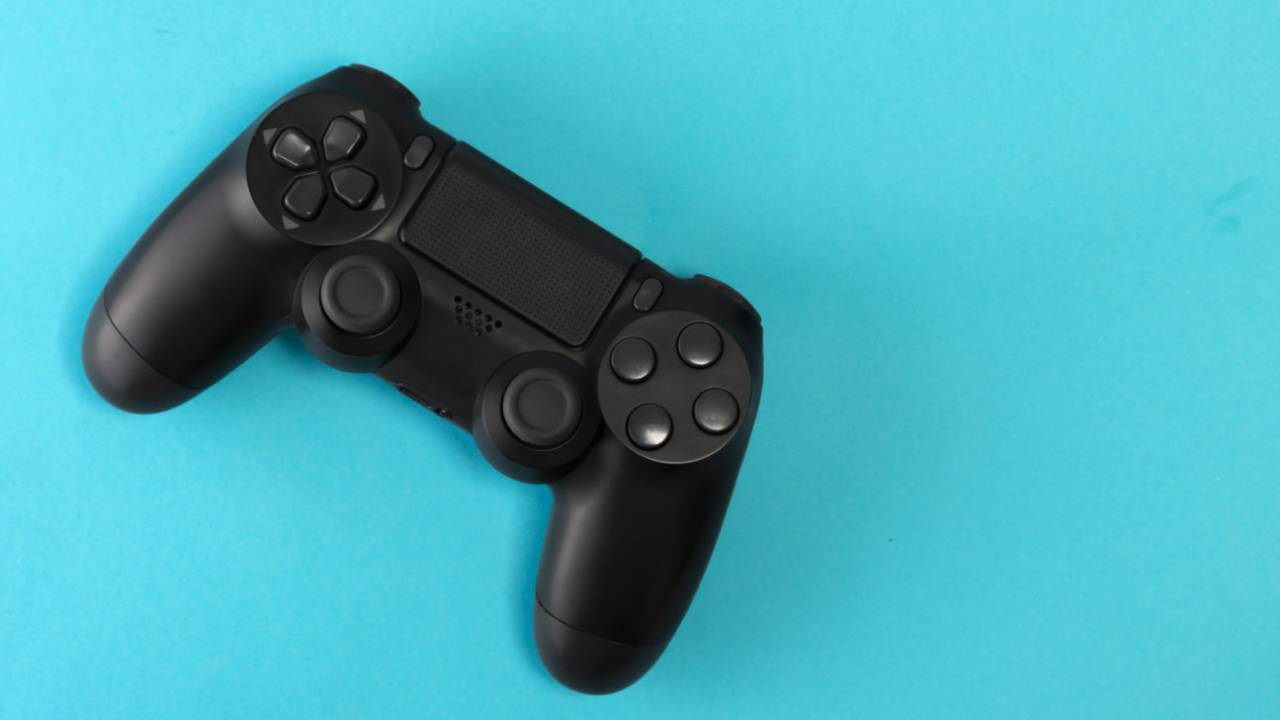 Look out Game Boy, here comes the PlayStation 4