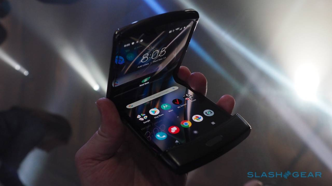 Motorola Razr 2 should have been Motorola's first foldable phone