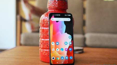 TCL 10L Review: Highs and lows of a $249 phone