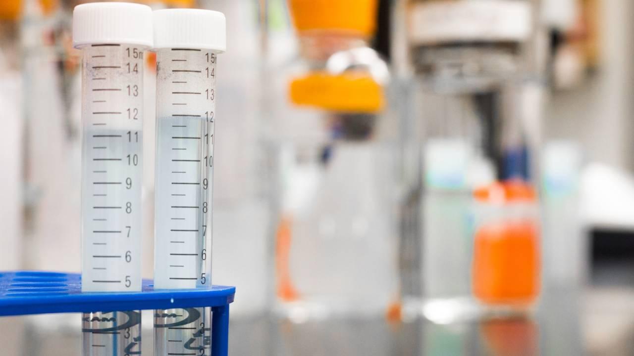 Facing criticism, FDA toughens COVID-19 antibody test rules