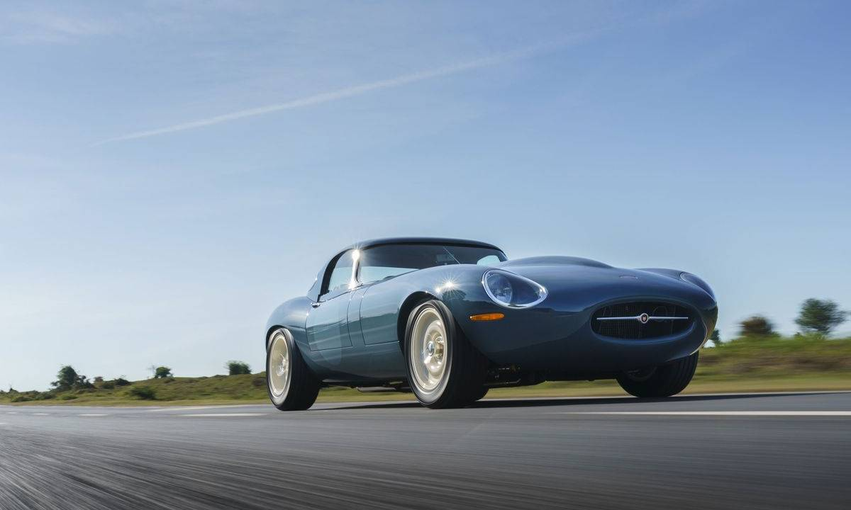 This Eagle Lightweight GT E-Type is better than the original