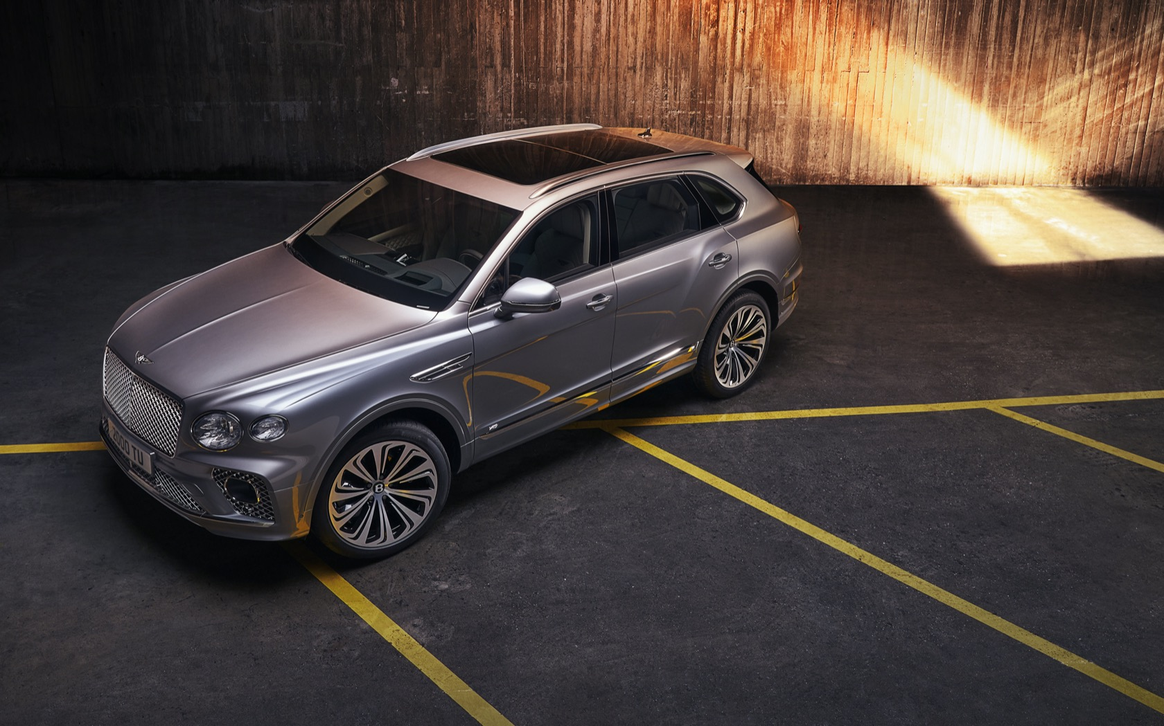 2021 Bentley Bentayga Revealed To Raise The Luxury Suv Stakes Slashgear