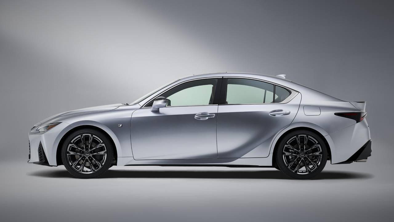 2021 Lexus IS will hit dealerships this fall
