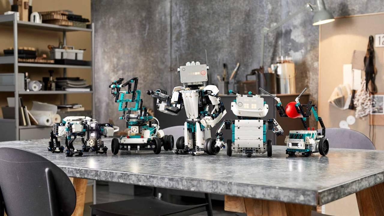 LEGO MINDSTORMS Robot Inventor revives the DIY robotics brand
