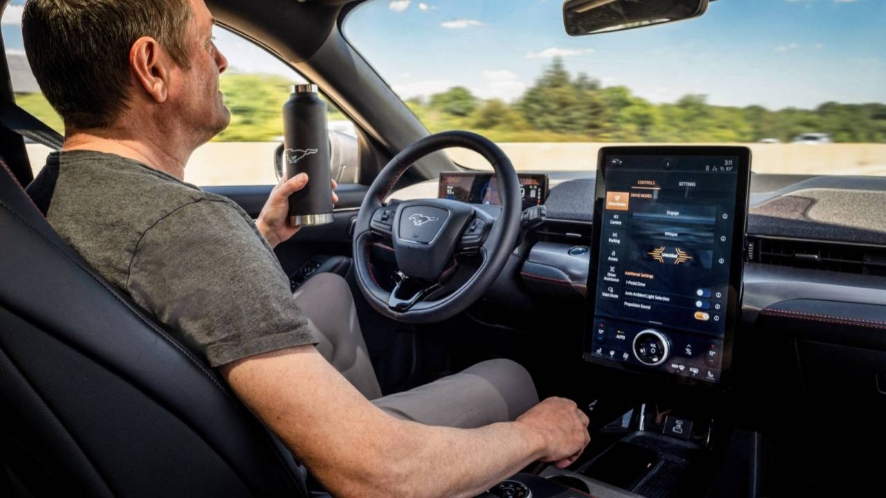 Hands-on, Hands-off: Ford's new driver assist tech is in rare company