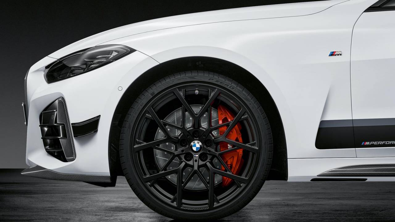 2021 BMW 4-Series Coupe M Performance Parts package includes generous carbon-fiber kit