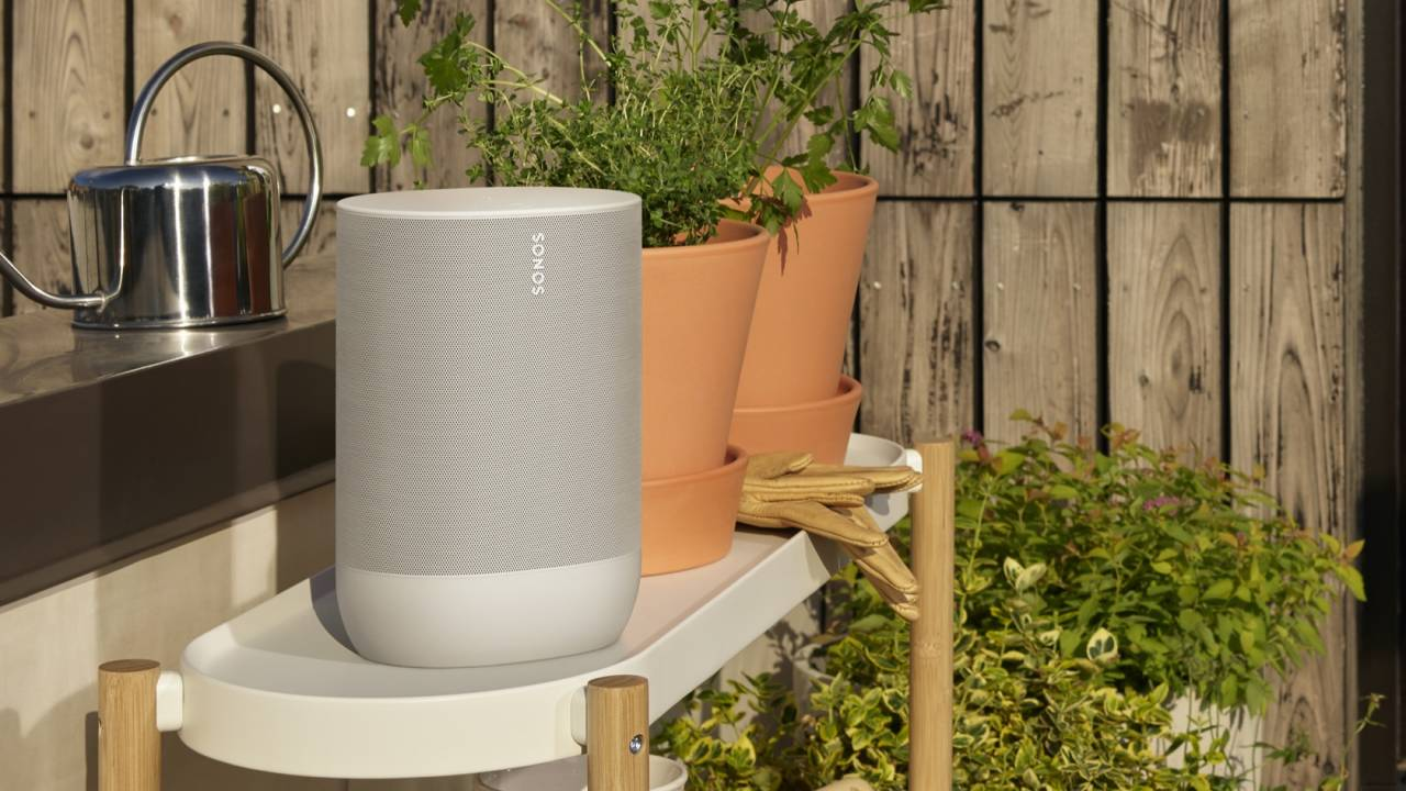 White Sonos Move arrives along with an extra hour of battery