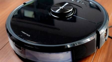Roborock S6 MaxV Review: smart vacuuming and mopping for a price