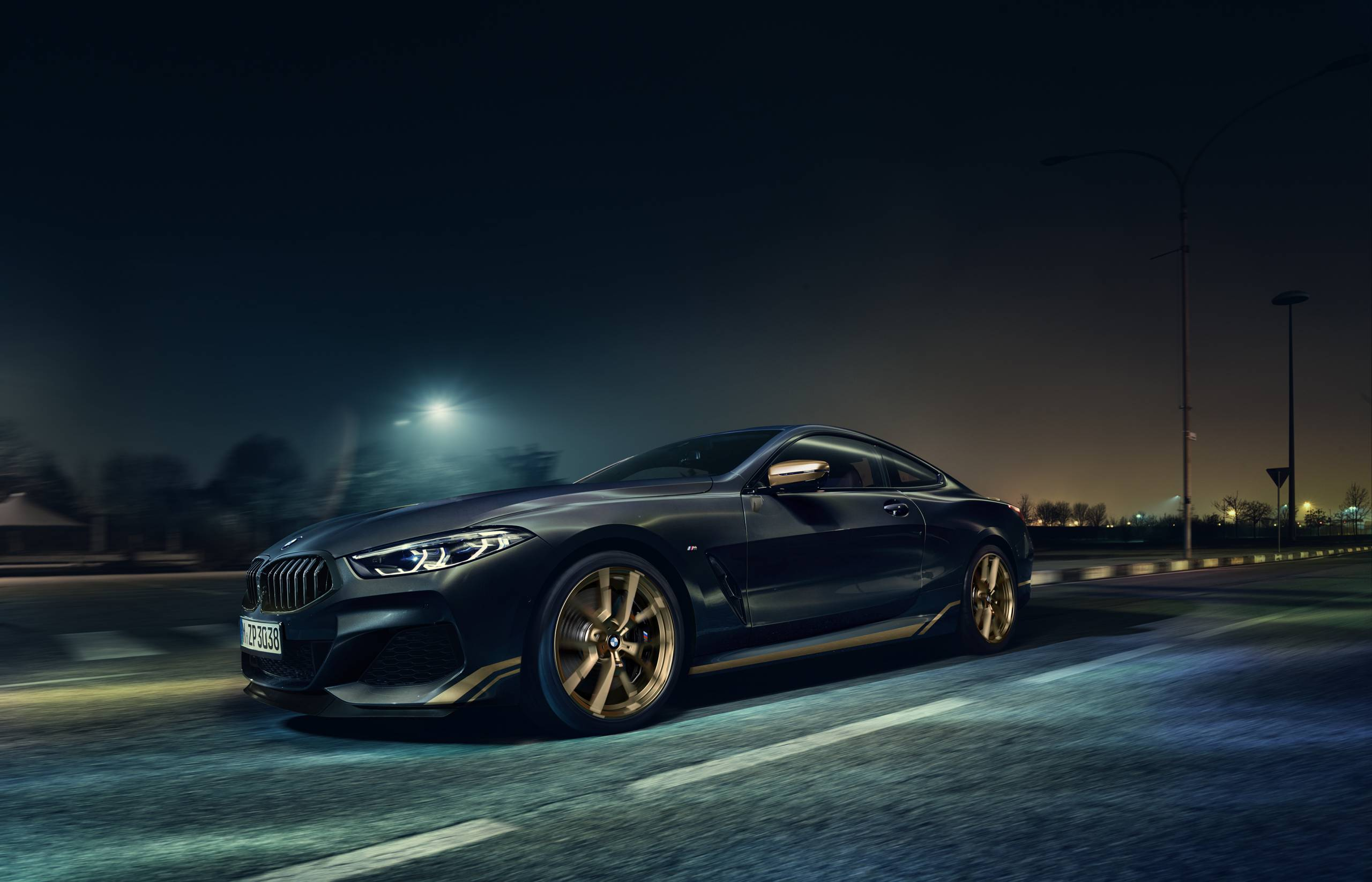 Bmw 8 Series Golden Thunder Edition Has A Black And Gold Theme Slashgear