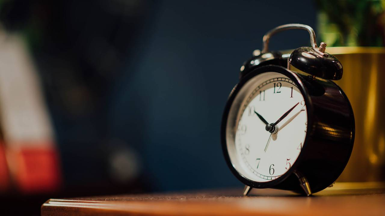 Study links staying up late with big impact on emotions, performance