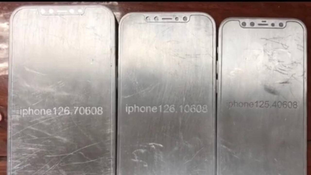 iPhone 12 molds show that flat is back