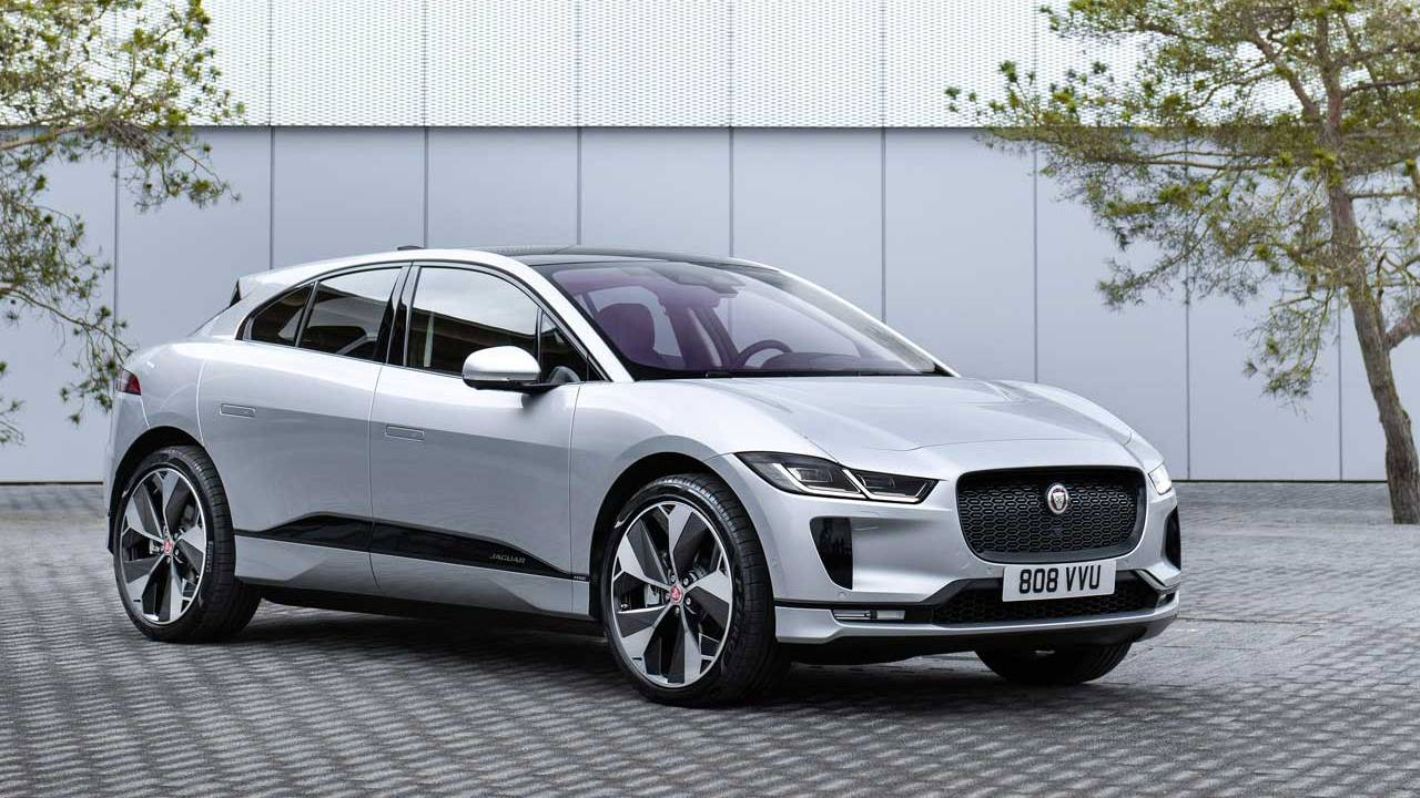 Jaguar partners with the city of Oslo for wireless charging I-PACE electric taxis