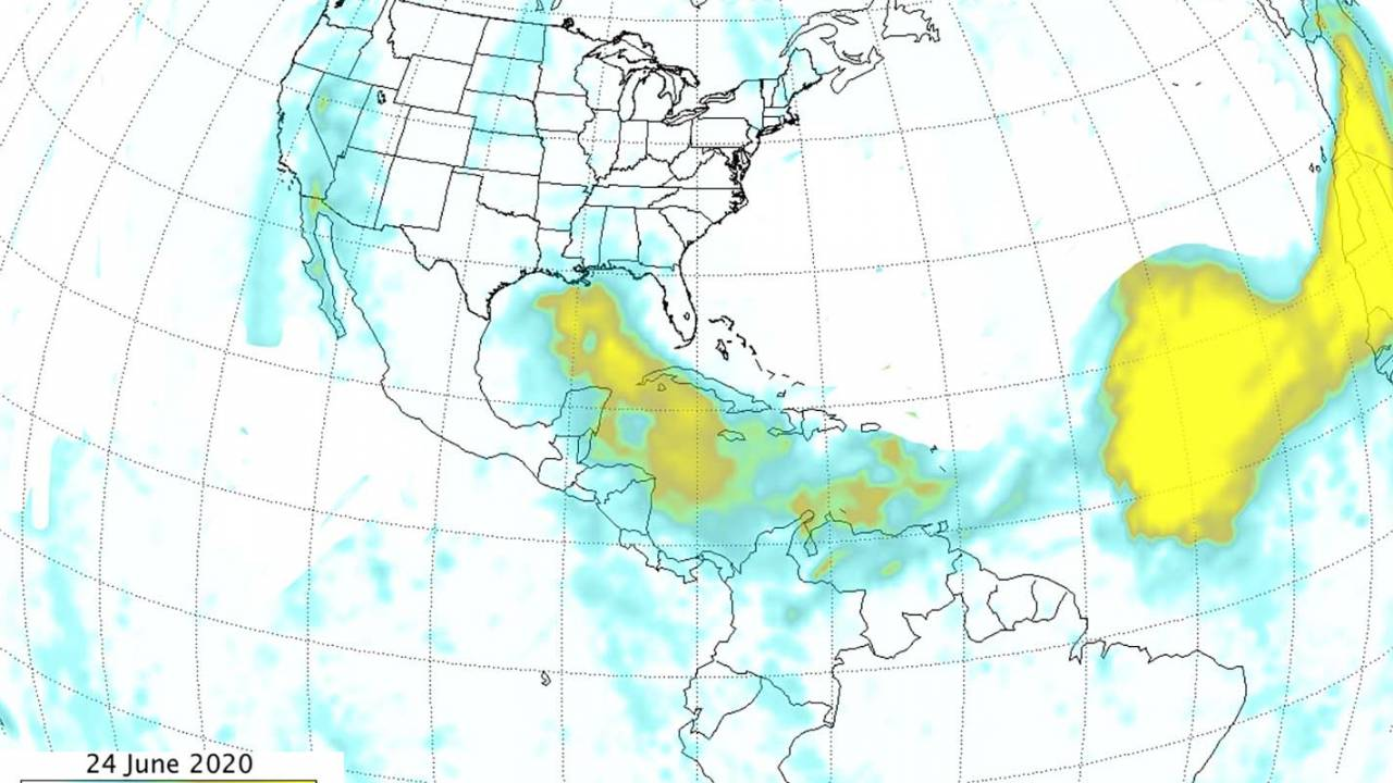 NASA's new Saharan dust blanket images reveal its massive size