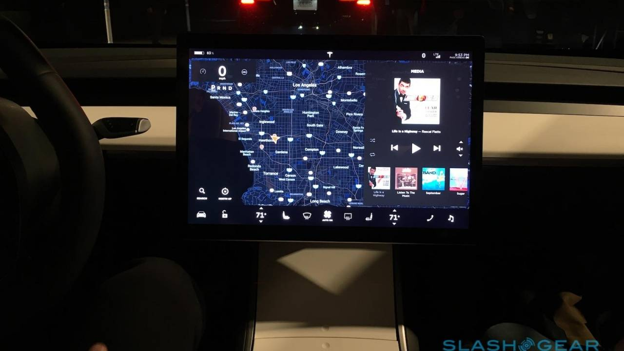 Tesla Model 3 in the US to get USB-C, wireless charging