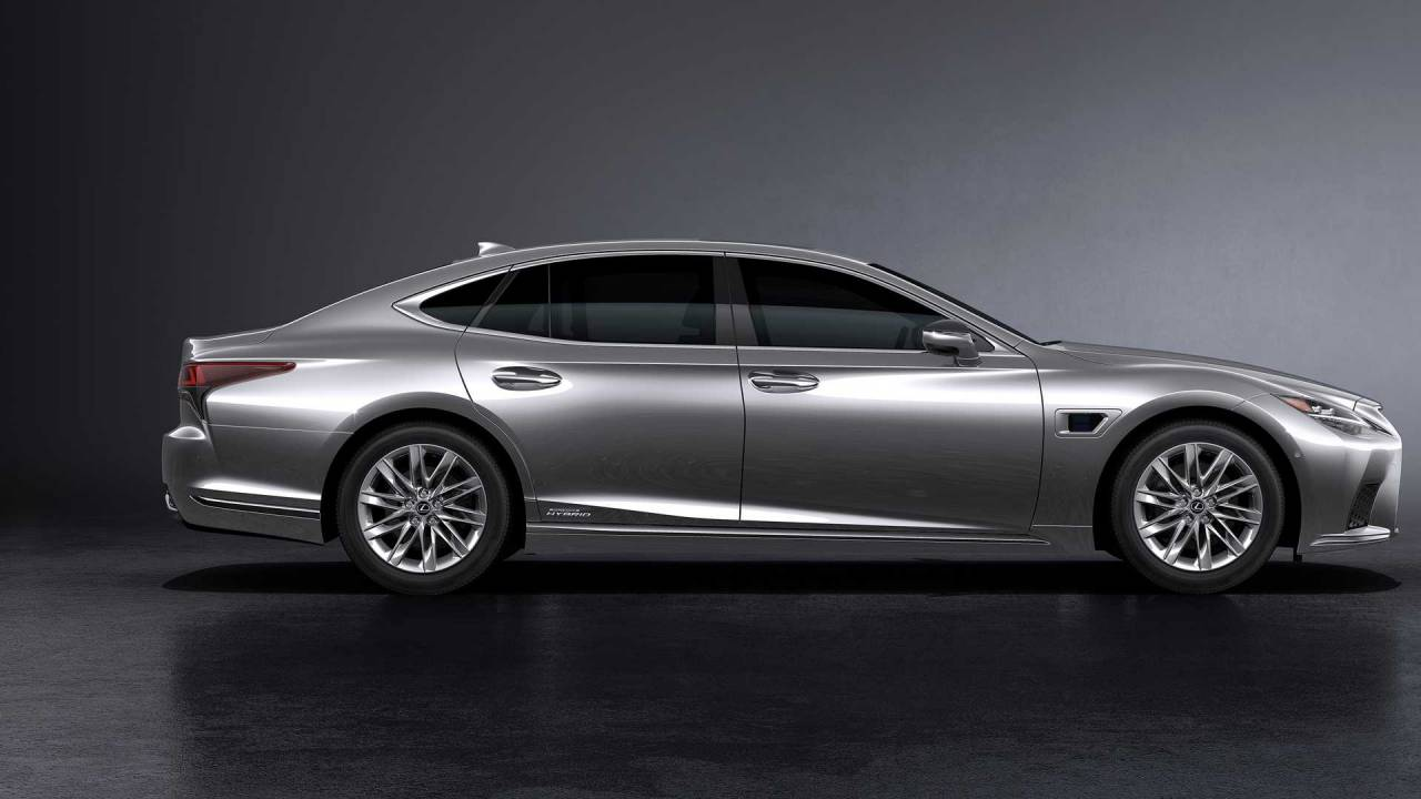 2021 Lexus LS arrives with a mild facelift and new tech