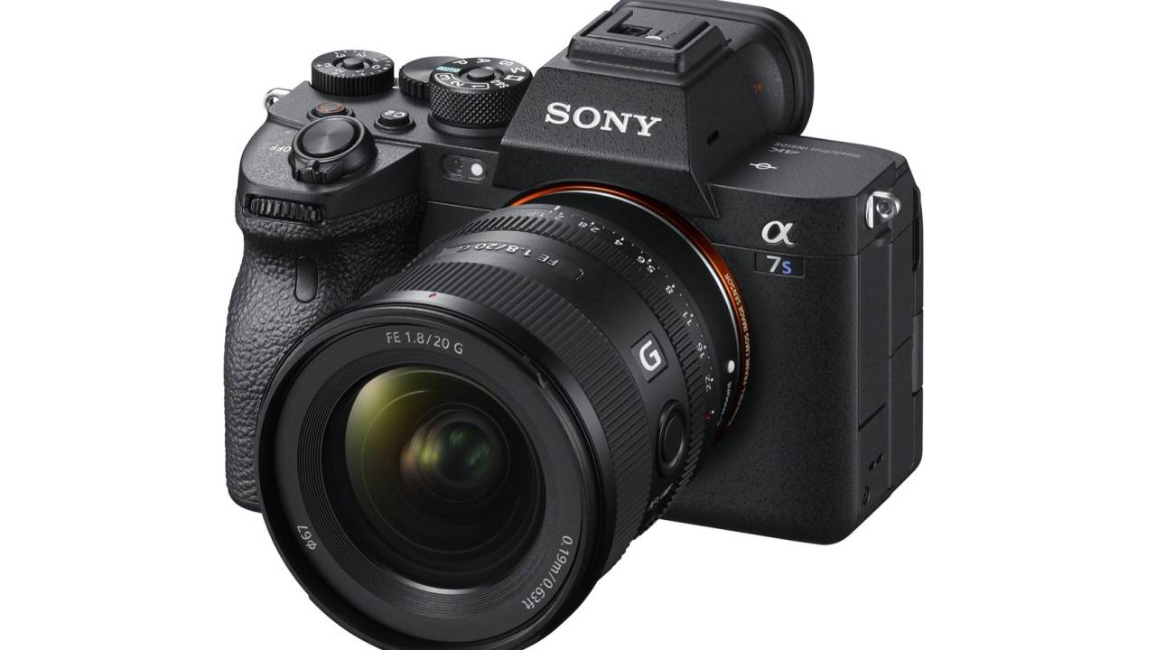 Sony A7S III official: New sensor & world-first EVF tech but no 8K