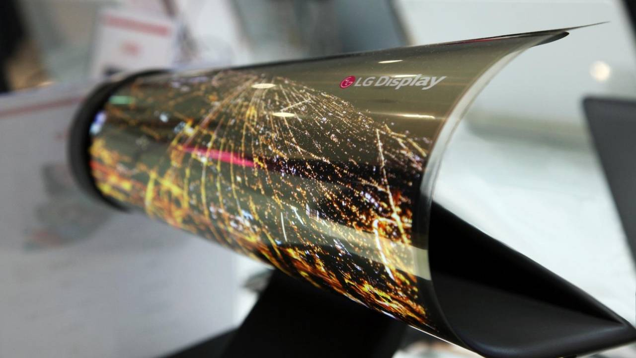 LG B Project rollable phone may launch early next year