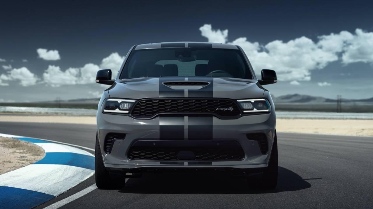2021 Dodge Durango Srt Hellcat Is 710 Horsepower Of American Suv Slashgear