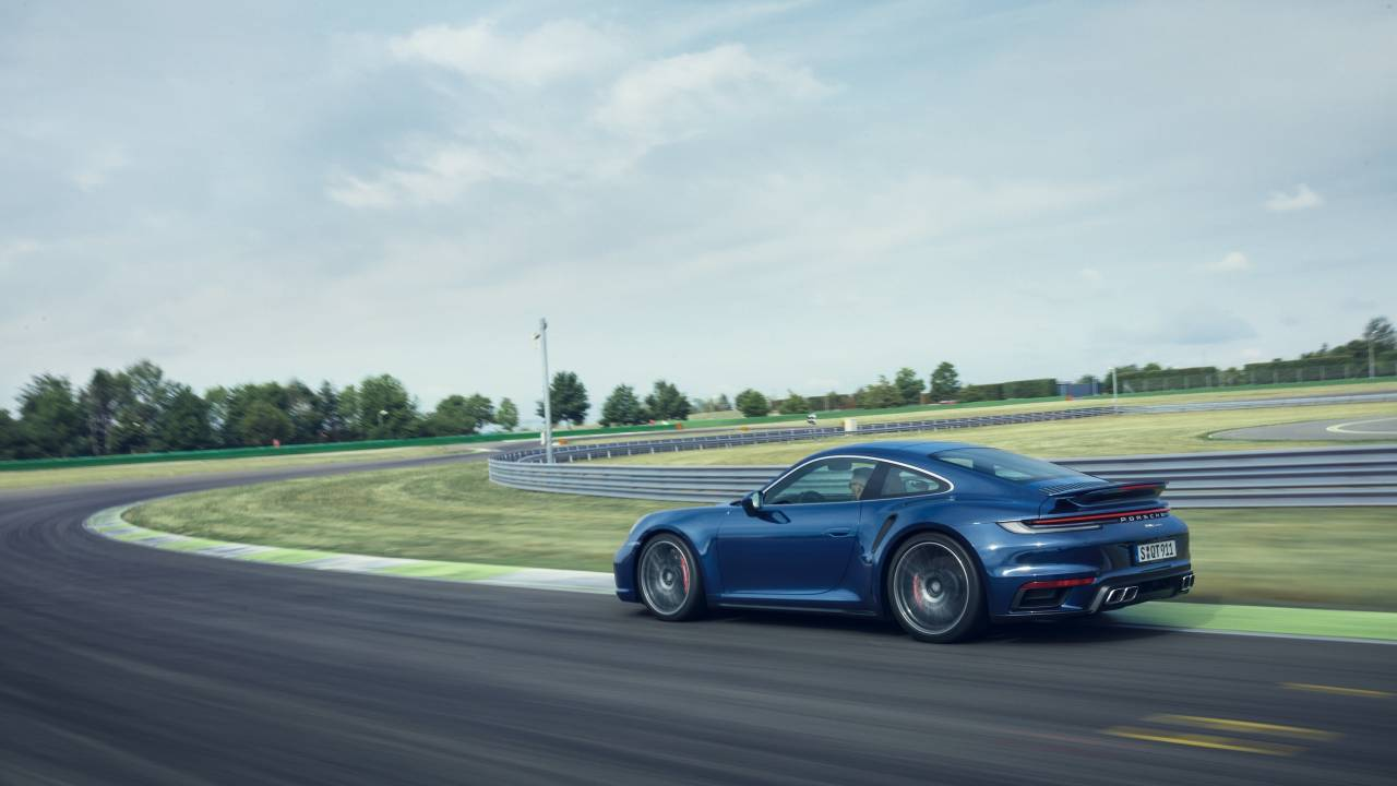 2021 Porsche 911 Turbo debuts with 572HP flat-six motor