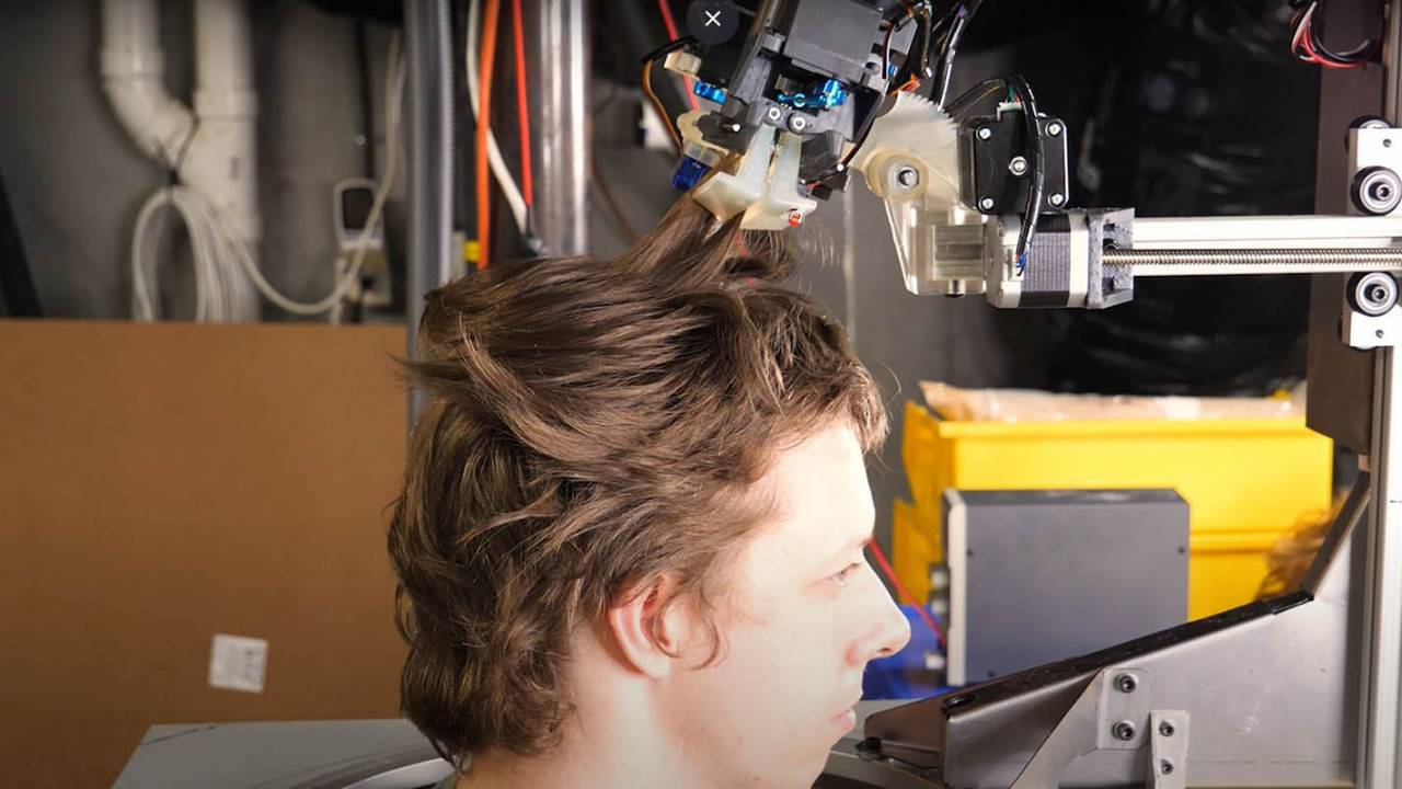 Engineer builds barber robot that gives quarantine haircuts