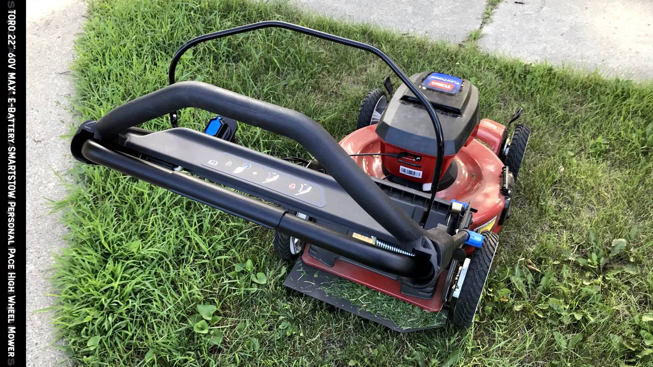 Toro Smartstow Recycler 22-inch 60V MAX* electric lawn mower Review