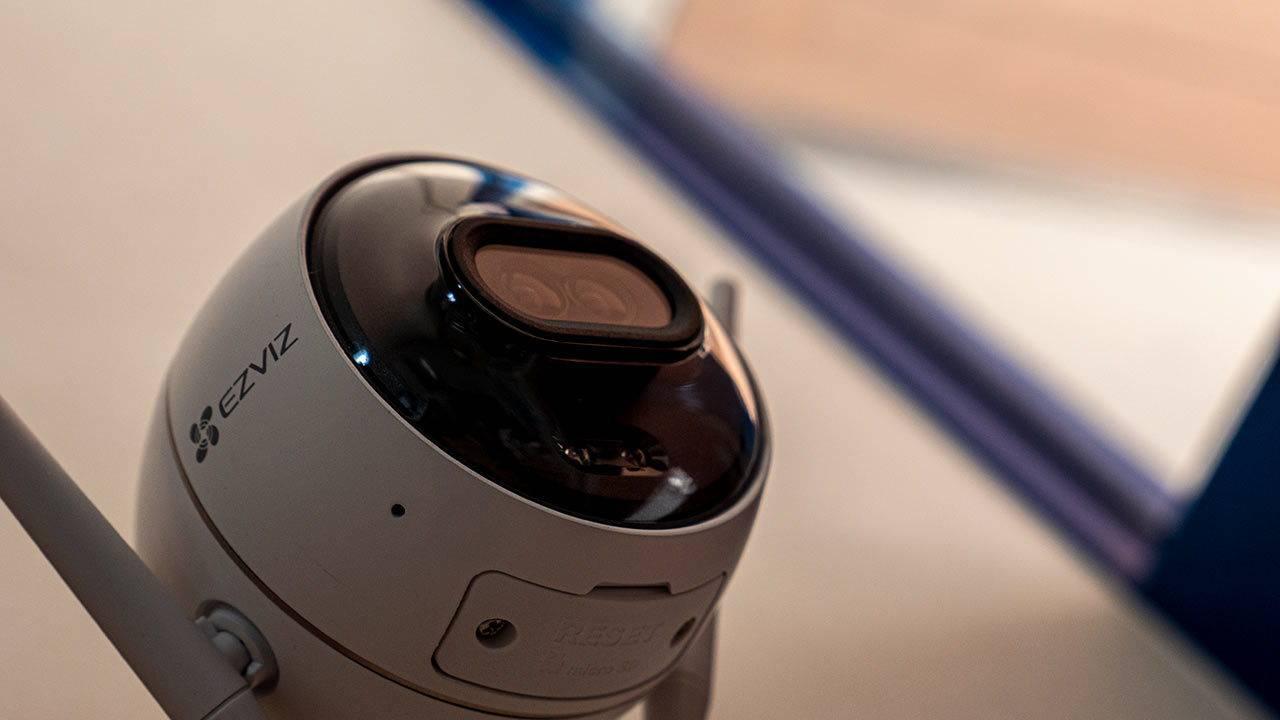 EZVIZ C3X outdoor security camera review