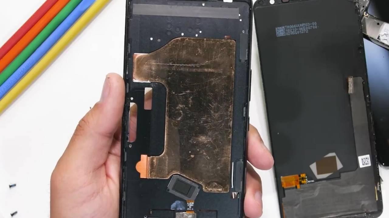 ASUS ROG Phone 3 teardown has some good news for gamers