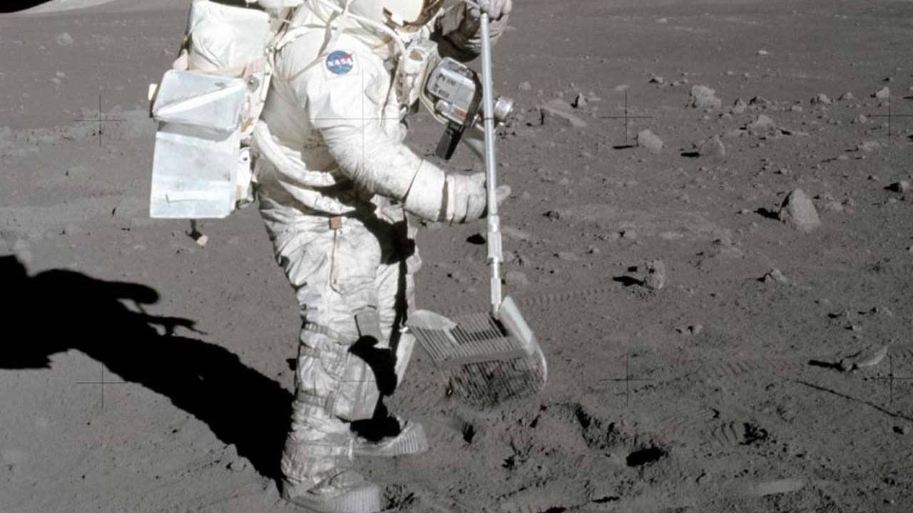 Researchers create a novel way to remove moon dust
