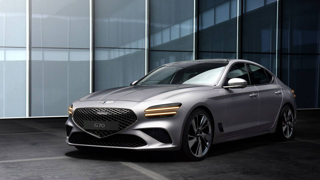 New Genesis G70 features a 10.25-inch infotainment system