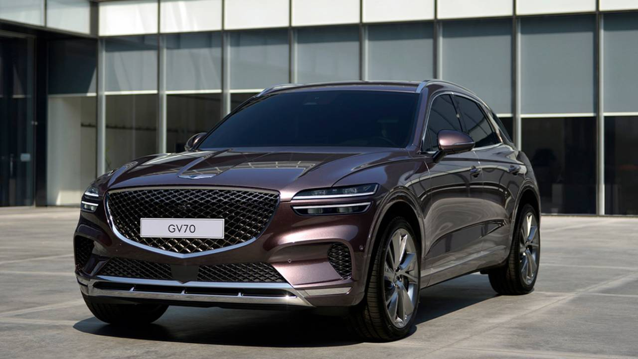 2022 Genesis GV70 unveiled to shake up midsize luxury crossovers