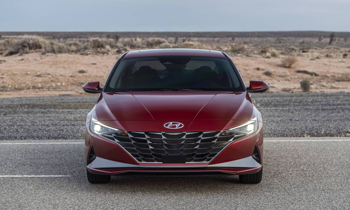 2021 Hyundai Elantra Pricing: Base SE trim starts at $19,650