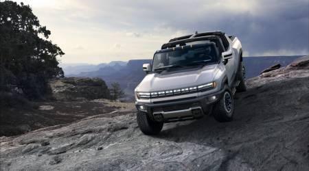 2022 GMC Hummer EV Gallery
