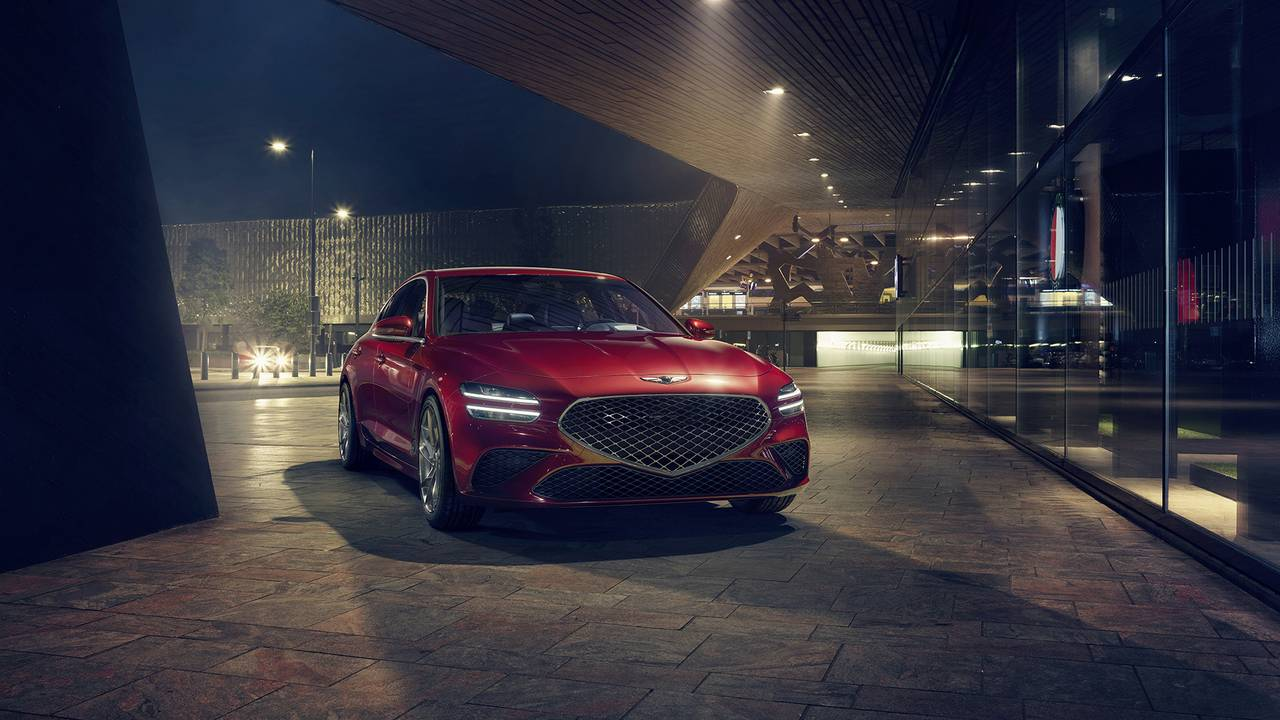 2022 Genesis G70 receives a mild facelift and new performance tech