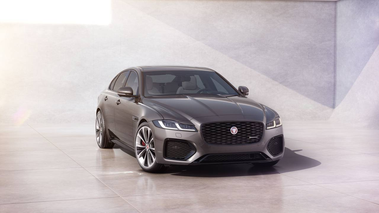 2021 Jaguar XF: Updated from the inside and out