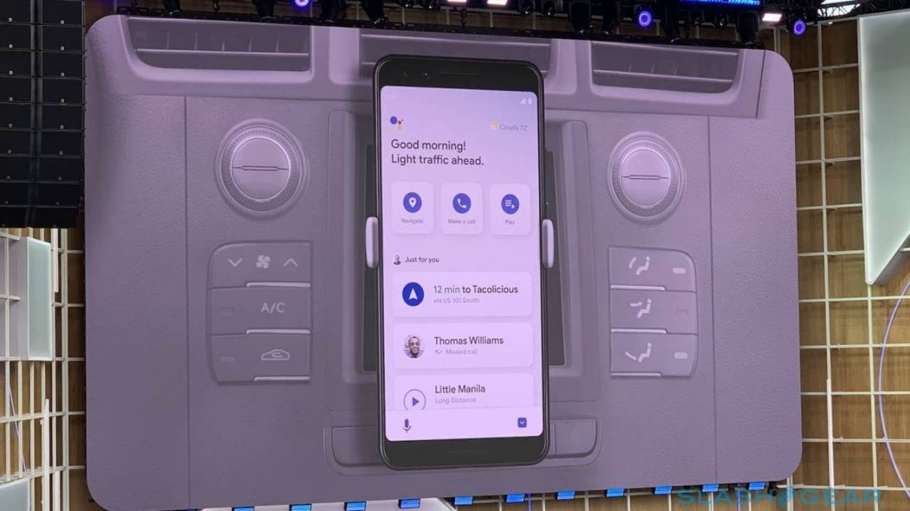 Google Assistant Driving Mode appears for some users and it looks different
