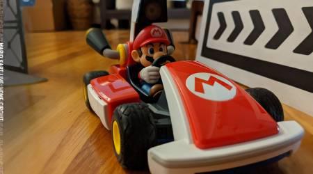 Mario Kart Live Home Circuit Review : A big AR checkpoint