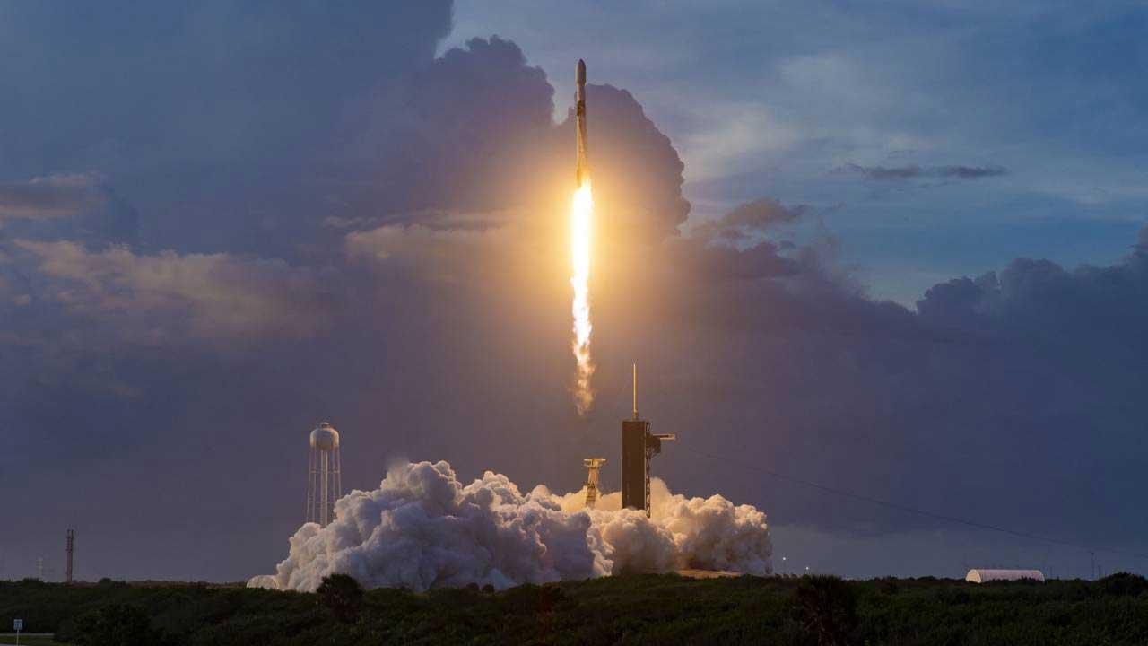 SpaceX puts 60 new Starlink satellites into orbit