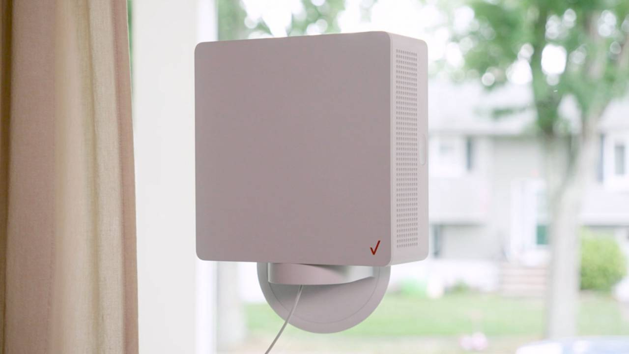 Verizon's new 5G home gateway taps faster mmWave and AR