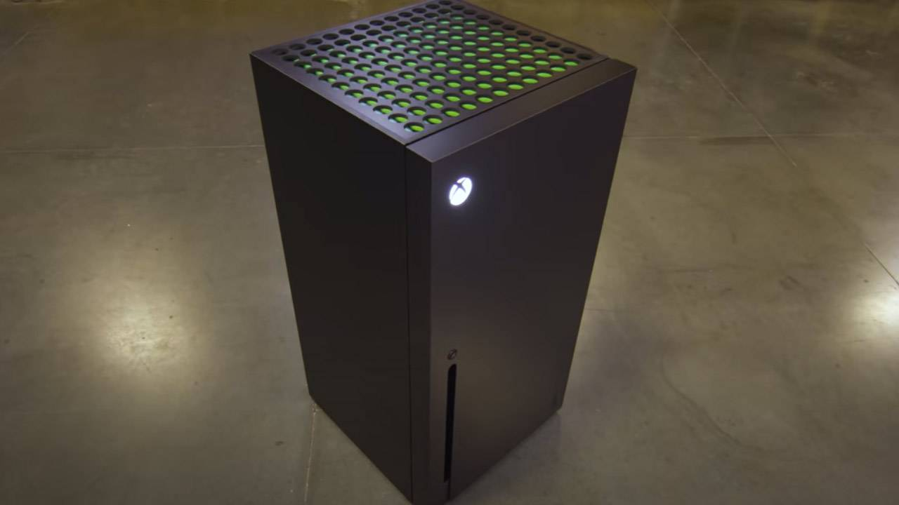 Xbox Series X Fridge (and mini-fridge) made semi-real
