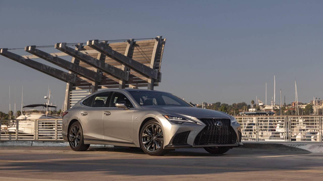 2021 Lexus LS 500 and 500H revealed