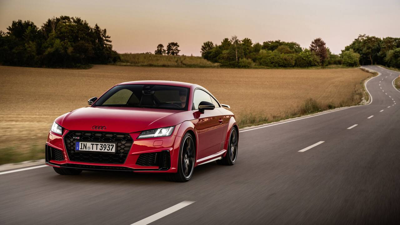 2021 Audi TT and TTS gets new equipment and Bronze Selection trim