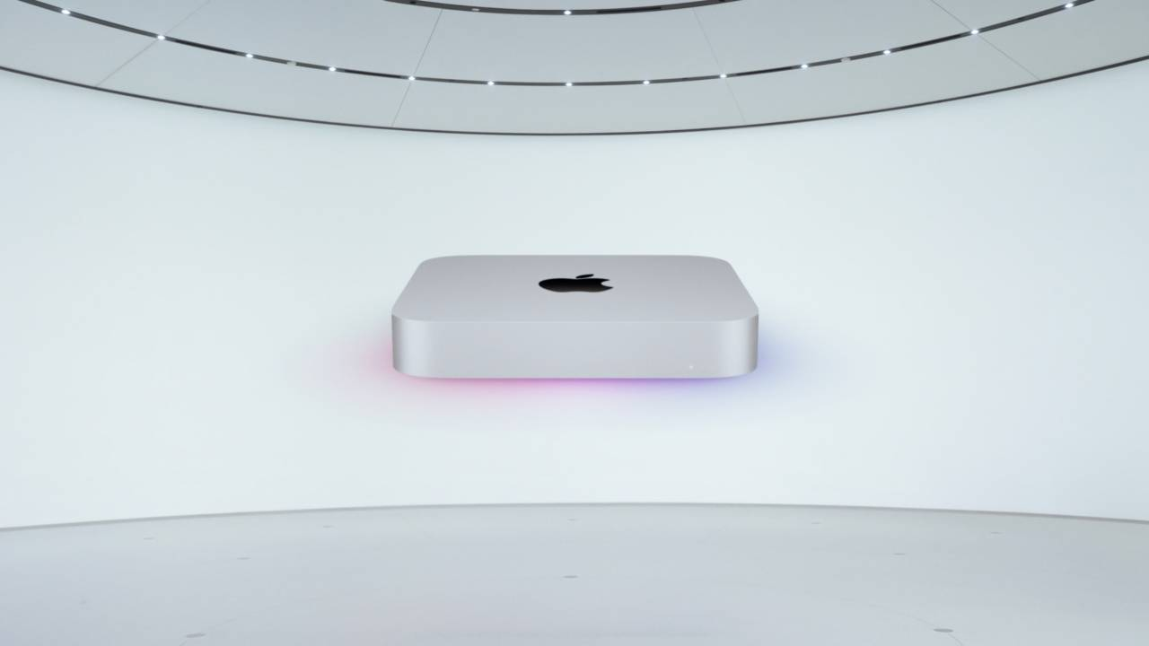 Apple Mac mini with M1 boosts power and cuts price to $699
