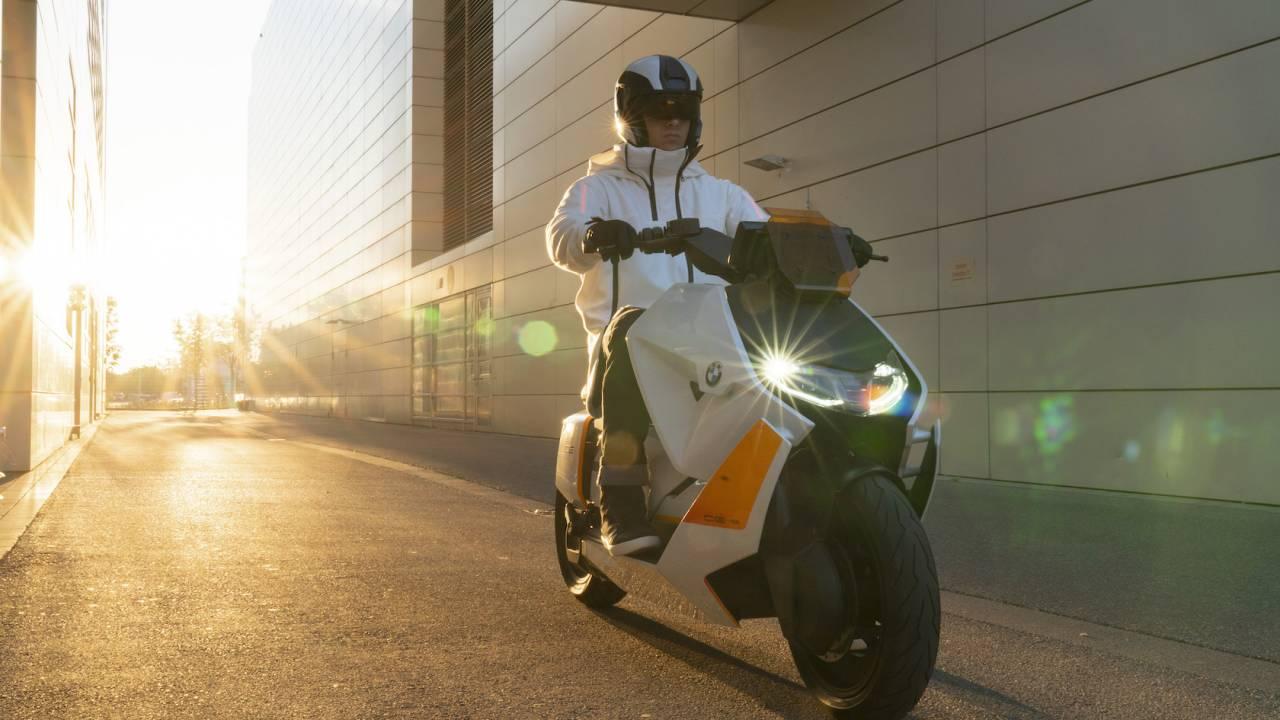 BMW Motorrad Definition CE 04 Gallery