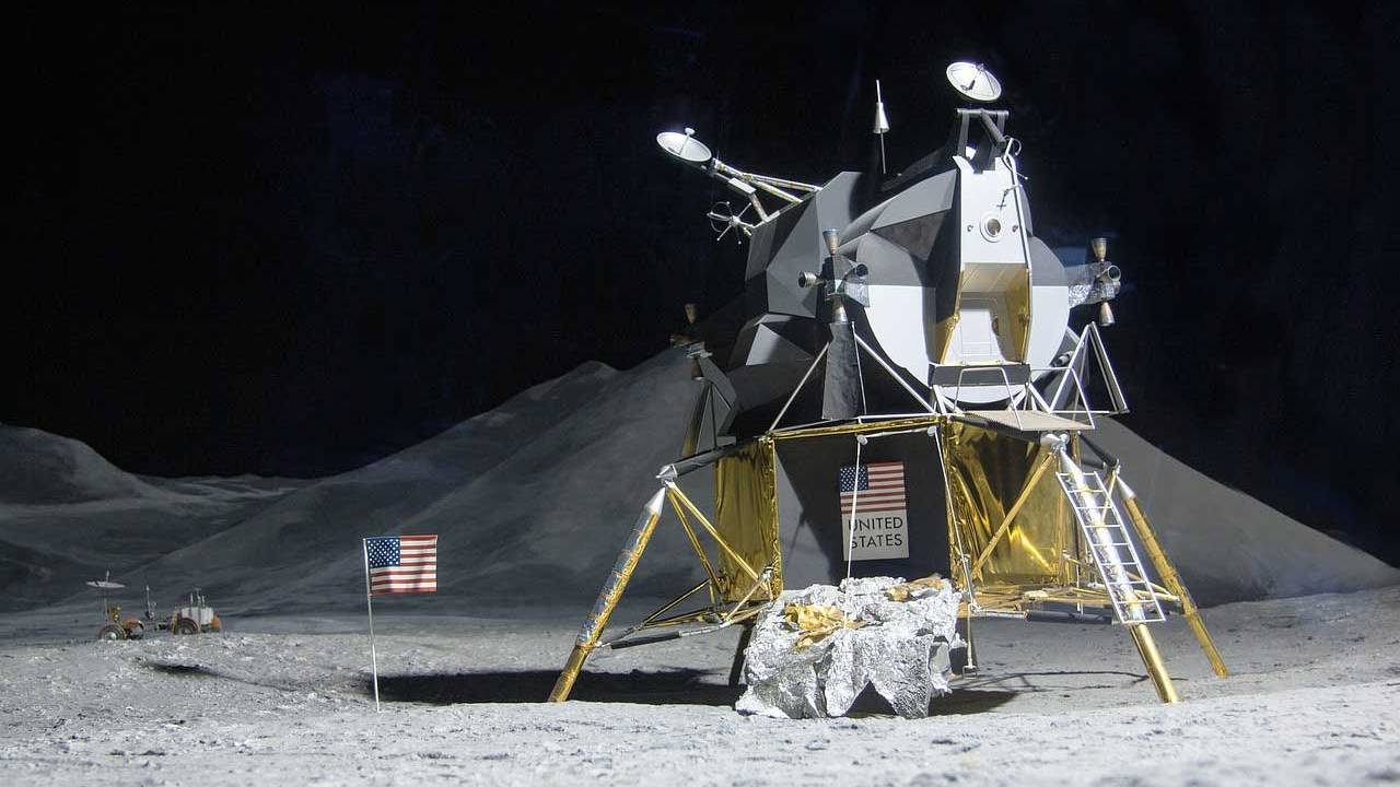 Christie's to auction the only photo of Neil Armstrong's moonwalk