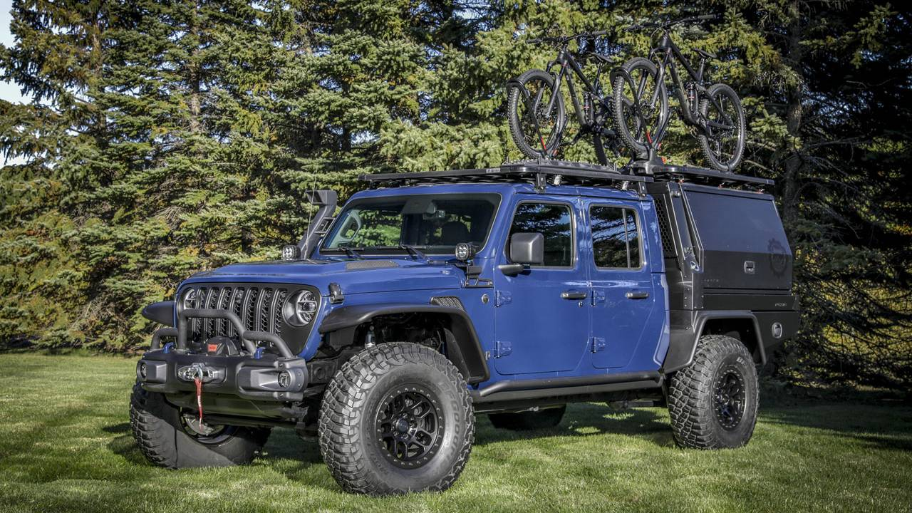 Jeep Gladiator Top Dog concept uses a plethora of Jeep Performance Parts