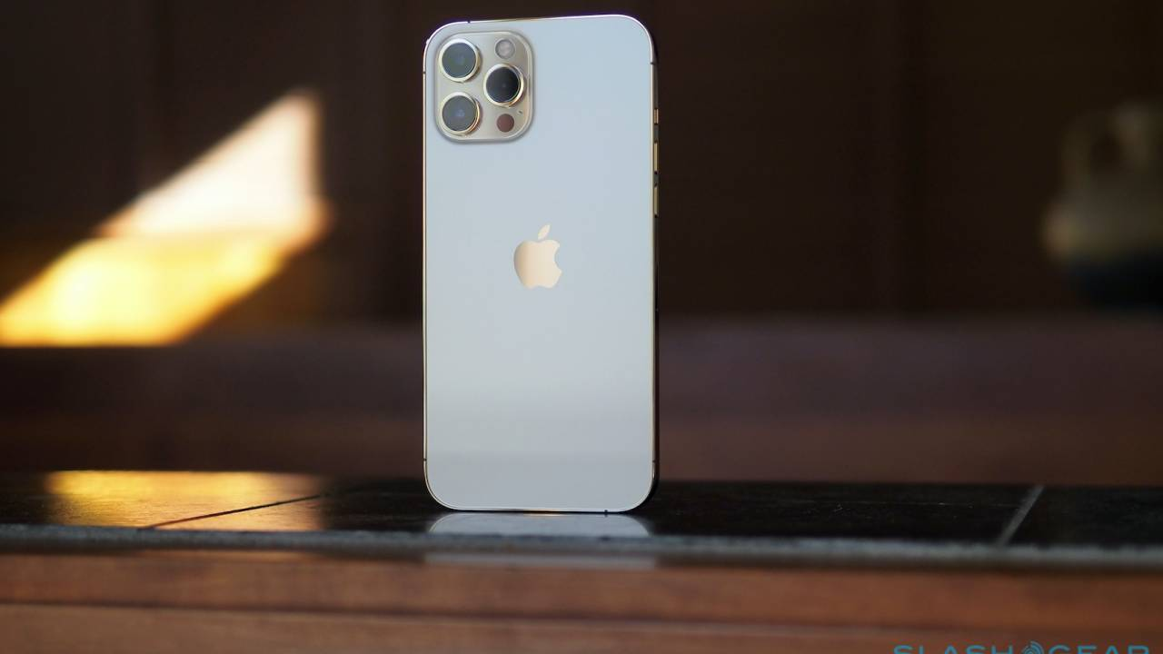 Apple iPhone 12 Pro Max Review – A Milestone Decision